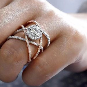 Jewelry - Two Tone Sapphire Criss Cross Ring